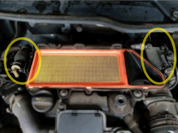 Figura 1: Sono evidenziati la pompa del gasolio (sulla sinistra) ed il filtro del gasolio (sulla destra)